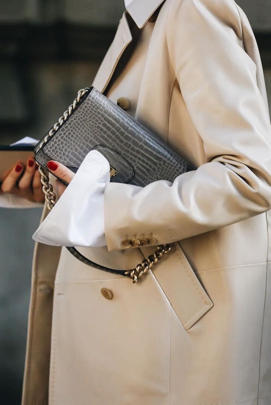 how to wear trench coat street style 2020