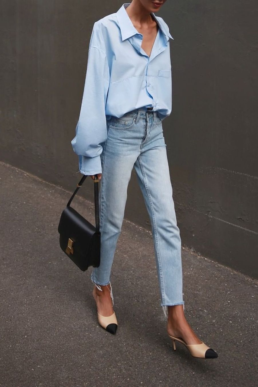 overszied blue button-down shirt-with blue jeans
