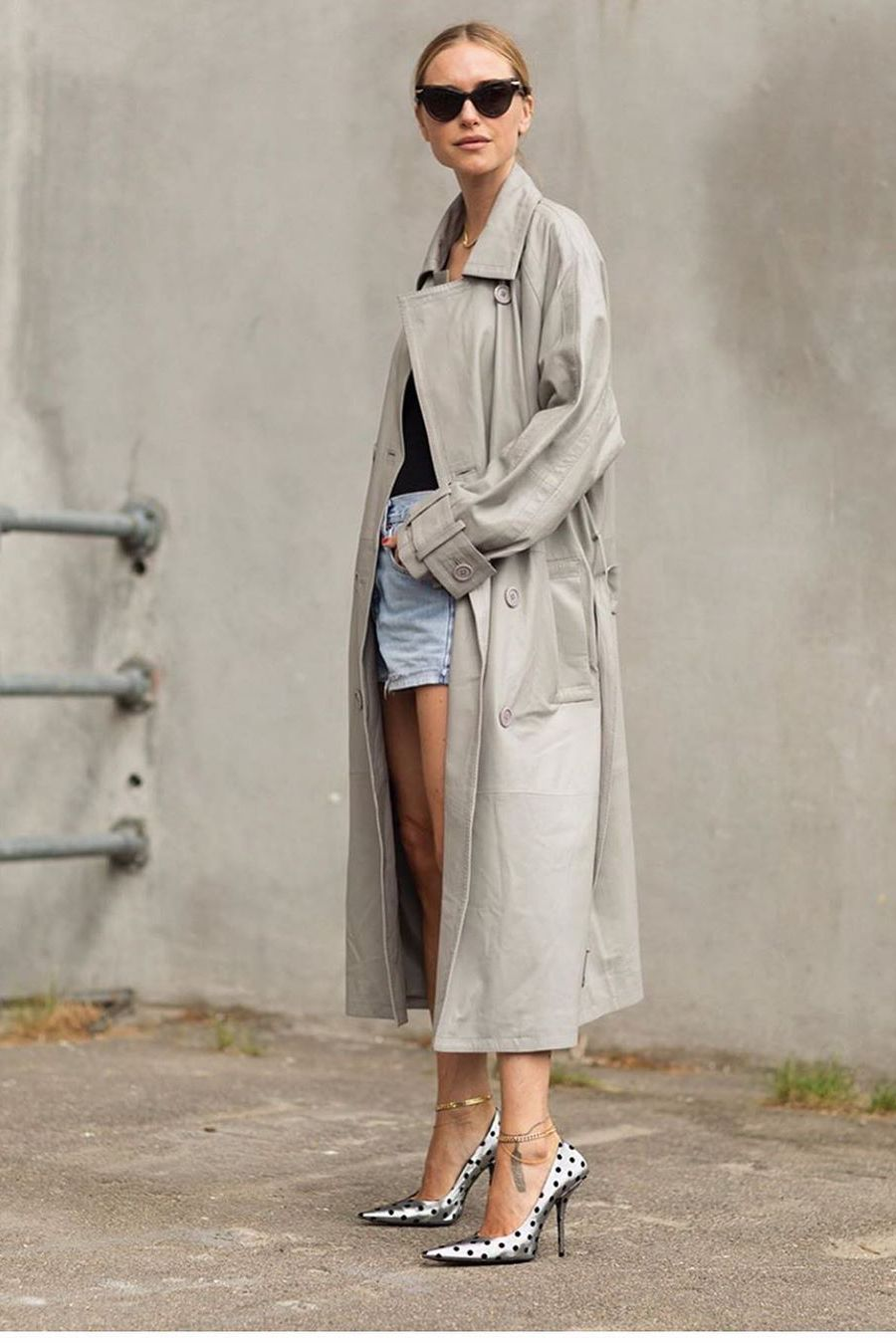 trench coat with denim shorts