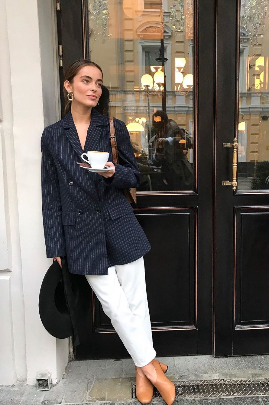 white jeans with navy blazer outfit
