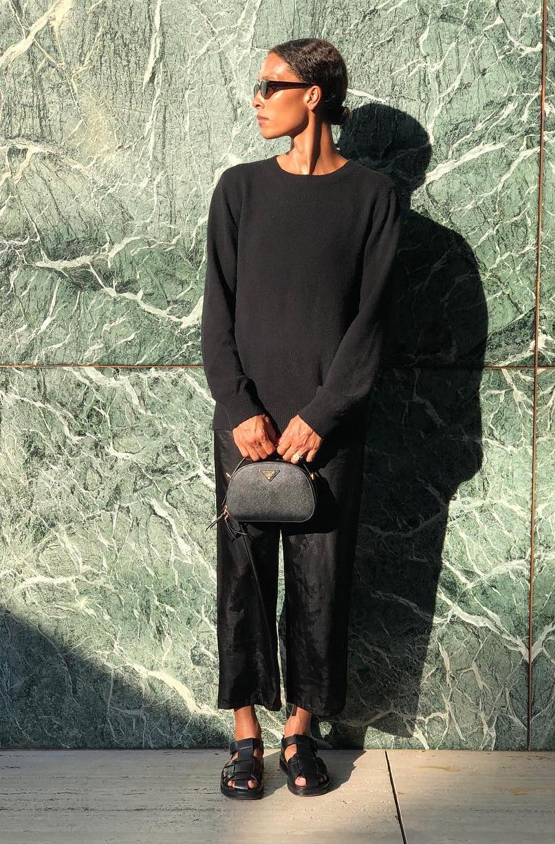 how to wear all black for summer