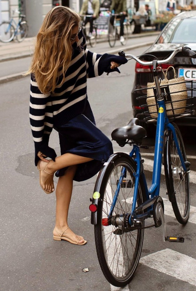 Chic Breton Stripe Sweater Outfits